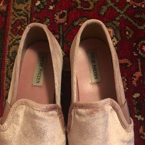 Steve Madden Pink Velvet Slip-Ons